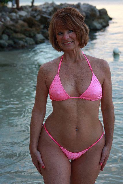 Bikini mature album jpg 427x640